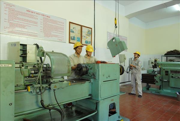 Chùm ảnh Hoạt động sản xuất Nhà máy Thủy điện Trị An